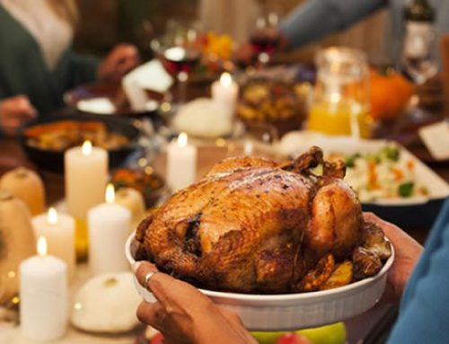 The Do's & Don'ts for Feeding a Pet Thanksgiving Food